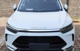 北汽版的X7实车现身换英文车标入门10万起6月上市