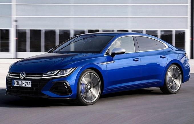 大众全新CC R实车曝光!2.0T+四驱,经典蓝车身涂装,90后首选